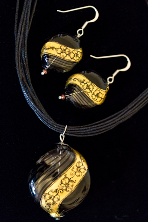 earrings gold leaf on murano glass